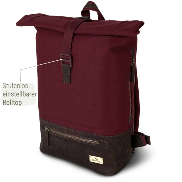 roter Rucksack aus Kork nachhaltig